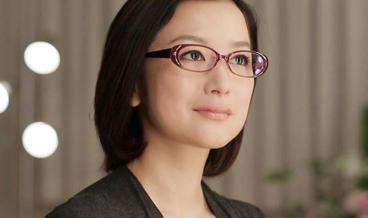 鈴木京香、眼鏡